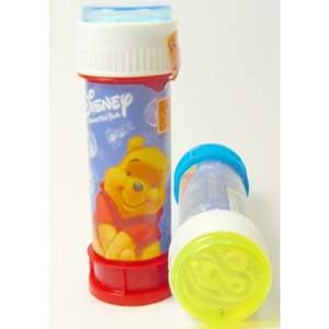 60ml tube of Winnie the Pooh Soap Bubbles.  Lid contains ball maze game.  Available in an assortment of colours.  Tube length 11cm.