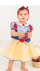 Disney Princess Snow White Dress .  A colourful dress featuring a satin collar, trimmed with pretty ribbon detail and red flowers. Includes headband and bloomers.